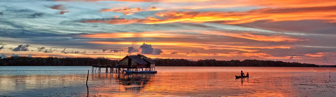 coucher de soleil sur le lagon